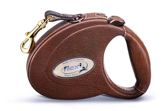 Precision in fine leather casing